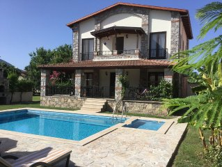 A beautiful modern villa set in 1000 sq mts with private pools, wi fi, air con