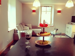 Great new apartment, great location in Centre of Town
