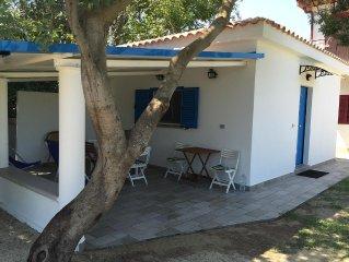 Casa indipendente 10 mt dalla spiaggia con parcheggio privato Soverato Calabria