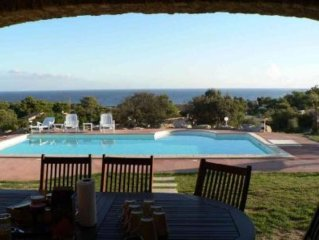 Seashore villa sleeps 8 with pool and garden – Lumio