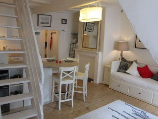 The Forecastle, charming cottage for 2 to 3 people in the historic center