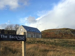 Eco and back friendly modern house, amazing views from all rooms, by Dunvegan