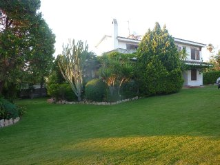 Mediterranean style villa in a quiet neighborhood of Roda de Bara, Costa Dorada