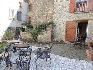 Gite avec jardin et garage au coeur du village catalan