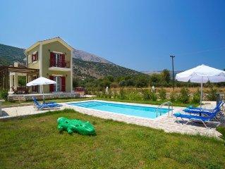 Luxury Villa In Agia Efimia, Private Pool, BBQ, Sea Views, A/C, free Wi-Fi