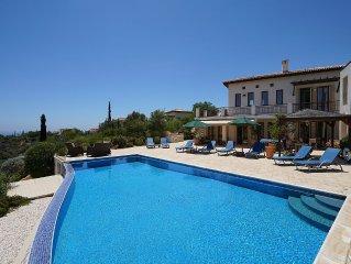Luxury 4 bedroom Villa with Stunning Sea Views, golf and tennis.