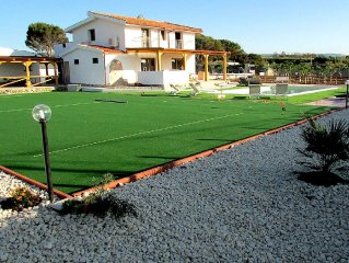 New 5 Bedroom Villa Set In One Acre Garden, Tennis, Heated Pool And Sea Views