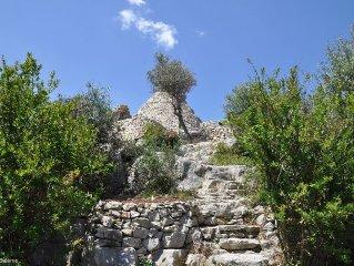 i trulli sul mare - antichi trulli restaurati con cura immersi nella natura