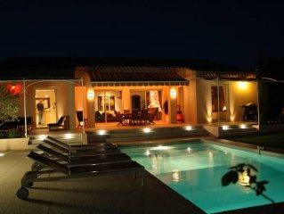 villa privée avec piscine et jardin , uniquement destinée à la location saisonni