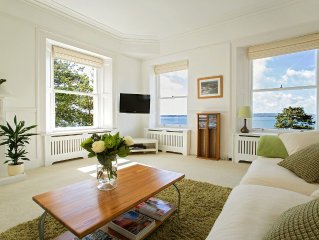 The Lighthouse Torquay | Sleeps 6, Stunning Penthouse Sea View Apt. with Balcony