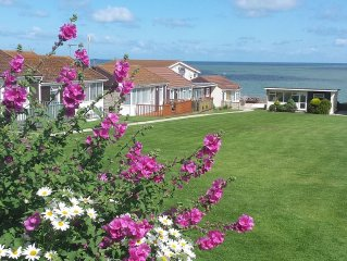 Spacious Chalet Bungalow With Sea Views