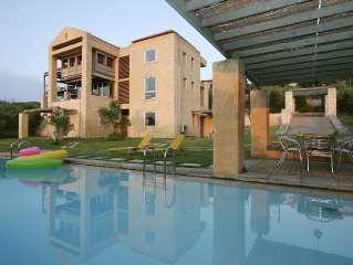 Come and relax. Find peace and space! Enjoy west Crete in style.