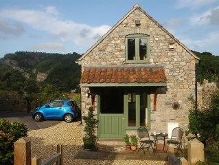 Cosy Detached Character Eco-Cottage, Fully Renovated, With Panoramic Views