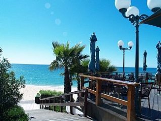 Luxury 2 bed/2 Bath Apt In Exclusive Resort of Vale do Lobo incl Wi-Fi, Air Con