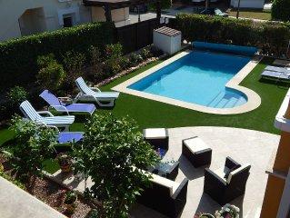 Outstanding 3 bedroom,3 bath villa with heated pool on Mar Menor golf resort.
