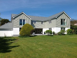 Contemporary 5 Bedroom House, Metres from Daymer Bay Beach