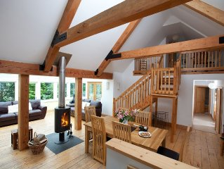 The Byre Farm Cottage In The Trossachs With Pool And Hot Tub