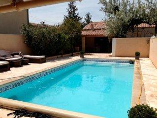 Belle maison d'architecte +piscine sécurisée prox Avignon (10min)