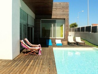 Moradia familiar com piscina exterior (13750/AL)