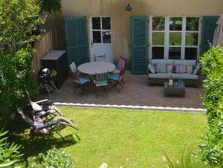 Near St. Tropez - Beautiful Provençal Style villa  In La Mole (Sleeps 6)