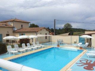 Luxury Country Villa, With Private Heated Pool near La Rochefoucauld