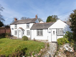 A Classic Cornish Cottage Updated With 3 Bedroom And 2 Bathrooms