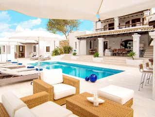 Luxurious 5-star Finca style villa. The perfect hideaway on Ibiza