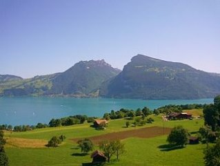 Apartment With Stunning Views Over Lake Thun To The Mountains Beyond