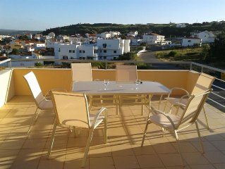 Large Town House with shared pool and views of Obidos Lagoon