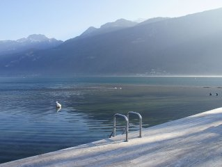 Ultimate Lake front holiday rental 7Bed 5* 15 Guest Lac Annecy Lake Alps views