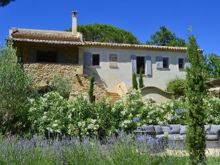 Chic, characterful house with heated pool in large quiet mature garden near Uzes
