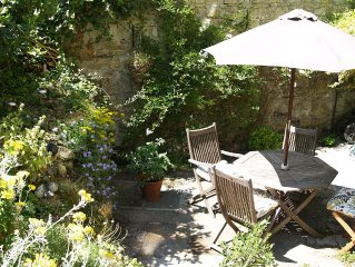 Spacious Period Home With Private Walled Courtyard
