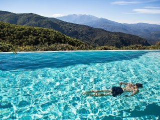 Mountain Retreat Near Ceret On 50 Acres, Private Infinity Pool