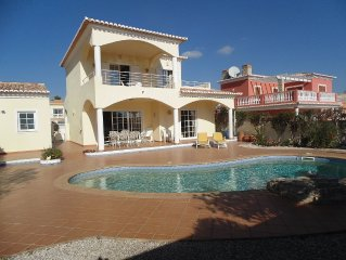 Stunning 3 bed, 2 bath villa , private pool, in i