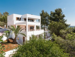 Large villa with incredible views of the Sea Islands, Formentera, Ibiza Town