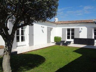 ORIEGE Villa de charme type 4 avec jardin, terrasse, préau, SPA