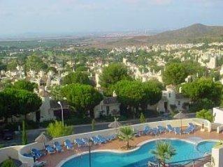 Luxurious Family Villa, Panoramic Views, Air-Con, Free Wi-Fi at La Manga Club, alquiler vacacional en Municipio de Cartagena