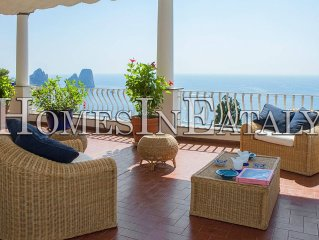CAPRI - APARTMENT WITH SEA VIEW TERRACE