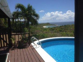 paradiso nella natura incontaminata, con piscina privata, giardino e vista mare