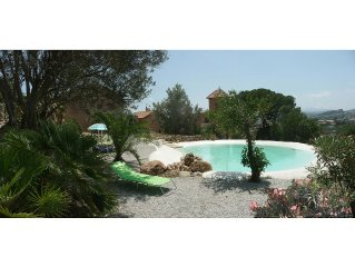 Romantica elegante villa in affascinante sito tra mare archeologia sole e natura