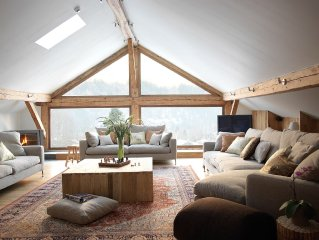 Rare luxury with easy access to Chamonix & skiing.