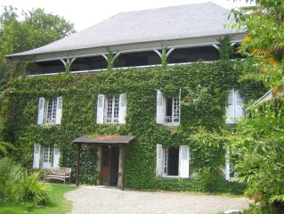 18th Century Maison de Maitre sleeping 10/12 in the Pyrenees