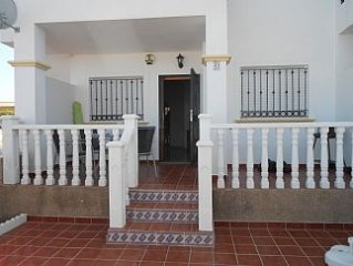 Apartment With Shared Pools Close To Beach