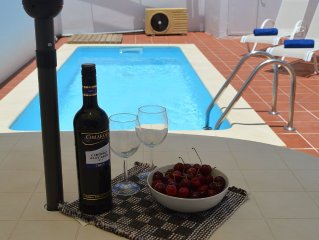 Villa with Private Heated Pool. Short walk to child friendly Beach/Town Center