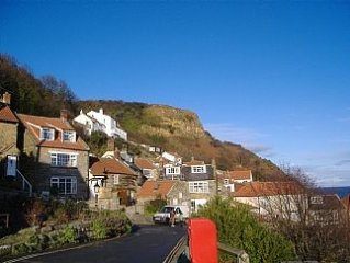 Runswick Bay Cottage With Great Sea Views In An Unspoilt Bay - with WiFi