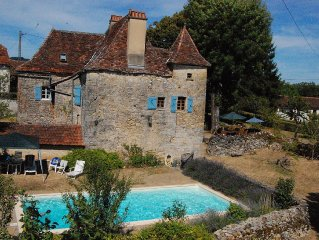 Stunning, family-friendly farmhouse; large garden, safe private pool