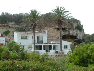 House in fisr sea line