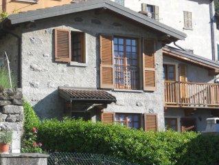 Bellissimo appartamento sul Lago di Como con giardino privato e  vista sul lago