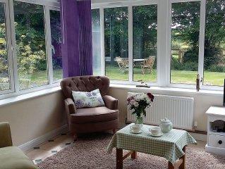 Beautiful one bedroom cottage, 5 miles coast, 3 miles dartmoor