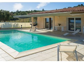 Modern villa with private swimming pool and seaview. Sleeps 6